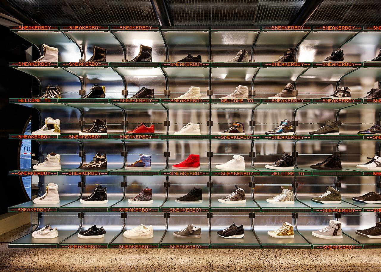 Sneakerboy store – March Studio4