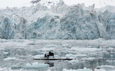 Einaudi suona tra i Ghiacci polari in difesa dell'Artico