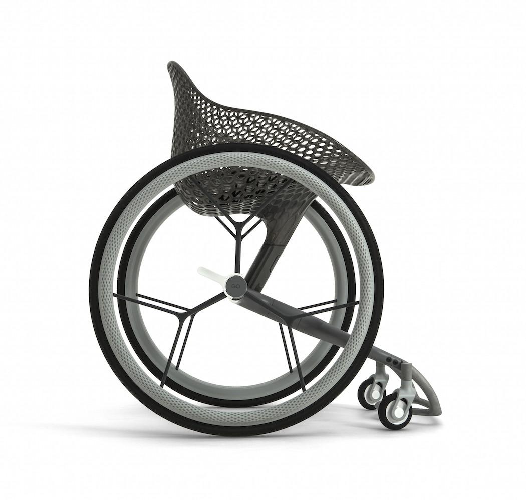 Go la prima sedia a rotelle realizzata in stampa 3d for La sedia nel design