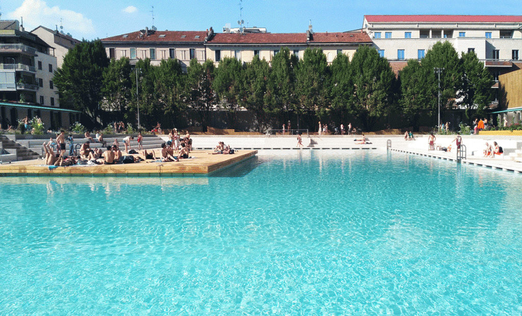 A poolside aperitivo is the new milanese summer trend