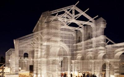 Ai confini del reale attraverso un'architettura trasparente