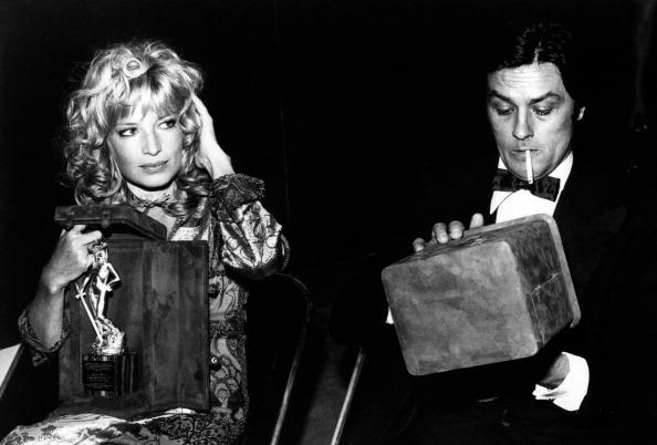 Monica Vitti e Alain Delon alla premiazione del David di Donatello