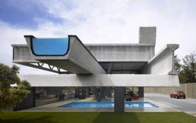 La villa costruita con dei componenti destinati ad autostrade