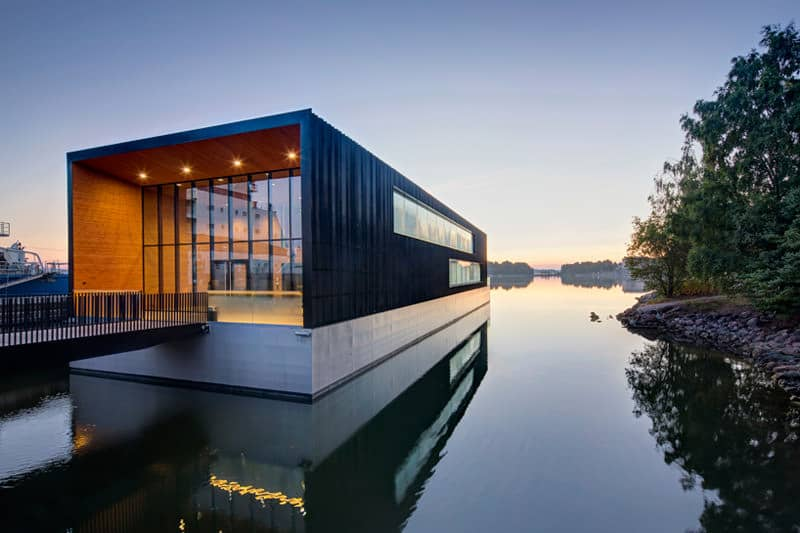 floating-office-space-in-helskinki-was-designed-by-k2-architects