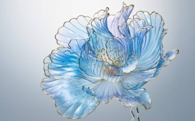 Gli ornamenti floreali per capelli di Sakae