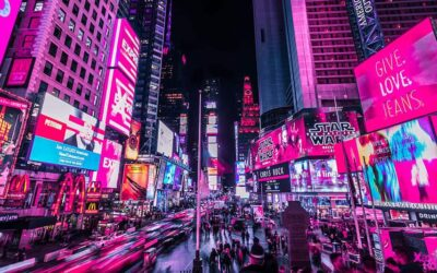 La fantastica New York illuminata al neon da Xavier Portela