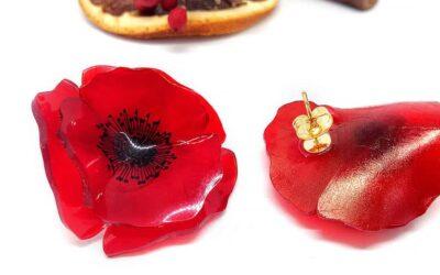 Gli orecchini artigianali dalle vesti floreali di Jona Hand Made