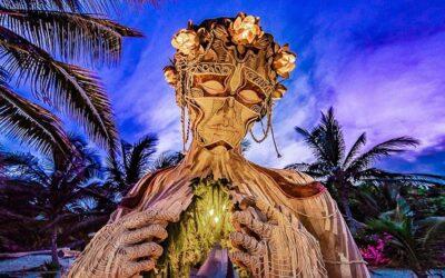 Ven a la Luz, l'imponente scultura di Daniel Popper