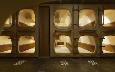 Sauna+Sleep, il capsule hotel della catena Nine Hours a Tokyo
