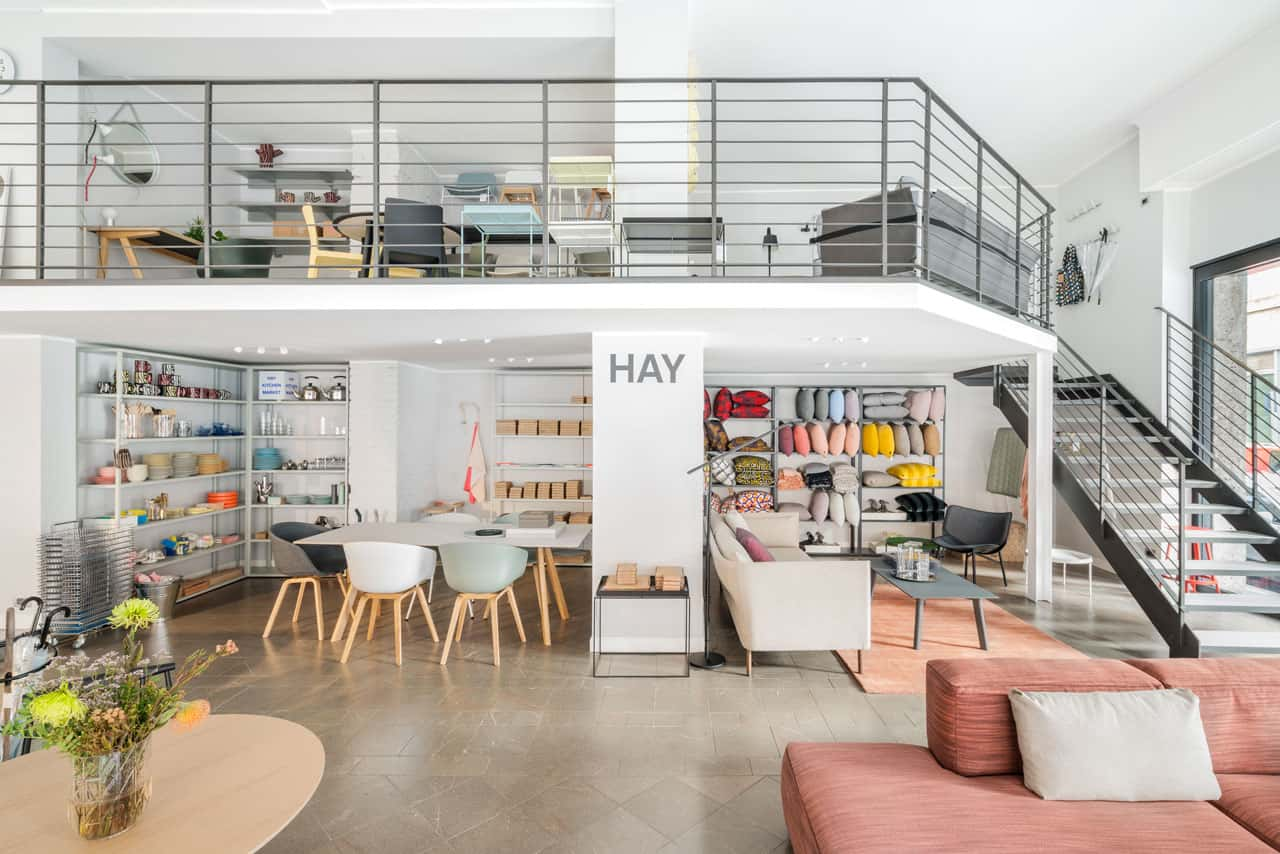 Design republic apre il primo store di hay in italia for Mornata milano