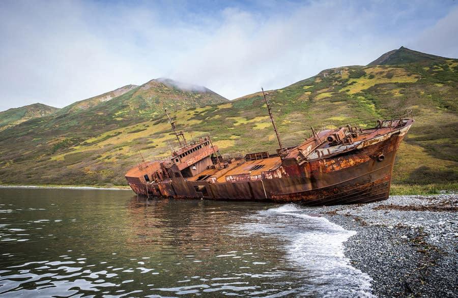 Morzhovaya Bay, Kamchatka (Janelle Lugge _ Shutterstock)
