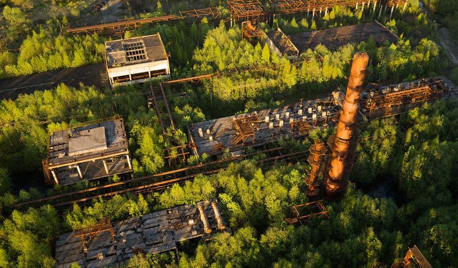 una-raffineria-a-leningrad-oblast-constantine-vladimirovich-_-shutterstock
