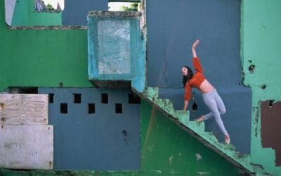 Danzatori tra gli edifici abbandonati di Puerto Rico, Omar Z. Robles