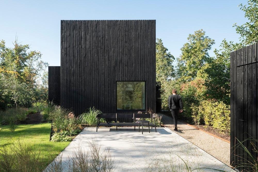 la-piccola-casa-vacanze-di-design-tra-i-laghi-di-vinkeveense-1