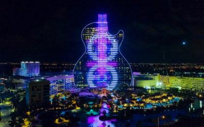 Apre il gigantesco Hard Rock Hotel a forma di chitarra