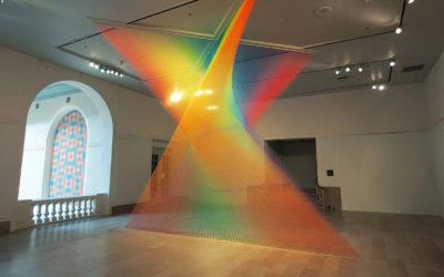 La meraviglia dei colori nelle istallazioni di Gabriel Dawe