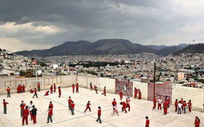 Playground, fotografie di ricreazioni nelle scuole di tutto il mondo