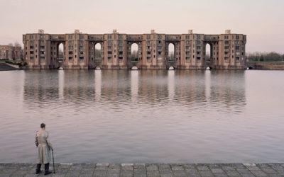 La malinconia delle periferie parigine negli scatti di Laurent Kronental