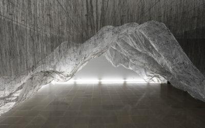Il vuoto nelle grandiose installazioni di Yasuaki Onishi