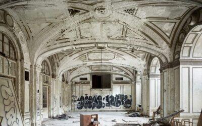 Edifici abbandonati Art Deco a Detroit, Philip Jarmain