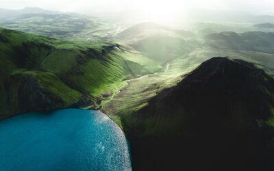 I colori d'Islanda nelle fotografie aeree di Gabor Nagy