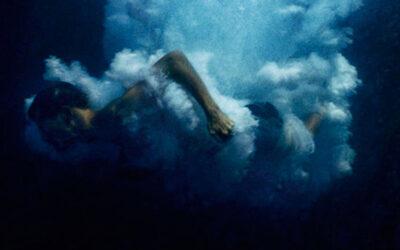 La sublimità dei tuffi in acuqa catturati da Nerelle Autio