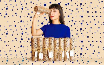 """""""Fa balla l'oeucc"""" di Erika Zolli. Una caccia all'opera d'arte per i piccoli negozi di Milano"""