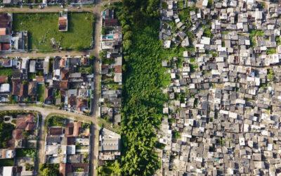 La diseguaglianza sociale ed economica del Brasile nelle foto aeree di Johnny Miller