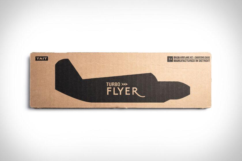 Aeroplano di cartone