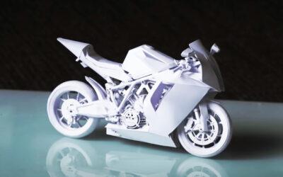 L'incredibile modello di carta di una moto supersportiva