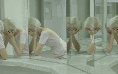 """""""Lacrime Artificiali"""". Tra realtà e finzione con Evelyn Bencicova"""