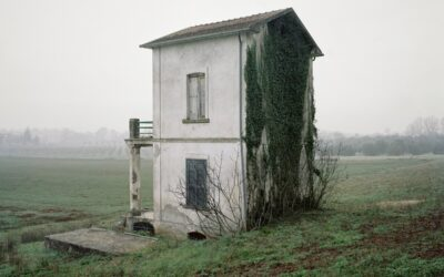 Le case solitarie sugli appennini di Vincenzo Pagliuca